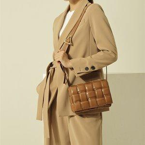 2021 Bolsas de diseñador Famosa Marca Moda Multifuncional Multifuncional Pequeño Bolso Plaza Casual Hombro Bolso Simple Mujeres Postman Bolsos Cartera