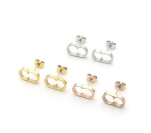 2021 ArrivalNever fade High quality Extravagant jewelry men studs Classic design earrings Stainless Steel silver women letter stud earring Wholesale teenage