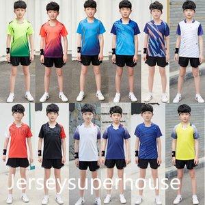 NWT Kids Badminton Sets Chicos Camisa de tenis de manga corta + Pantalones cortos Traje para niñas Ping Pong Tops Tee Children Running Gym Kit Ropa
