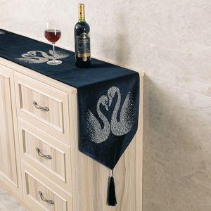 Rhinestone Swan Decoration Black Table Runner Luxurious Velvet Table Covers for Home Wedding Decoration Tea Table Cloth 32cm*200cm