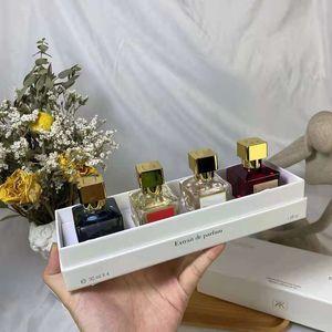 Factory direct Oud silk wood Perfume 70ml A la rose Rouge 540 4pcs 30ml set Extrait Eau De Parfum paris smell Men Women Fragrance Lasting long kit Spray Fast Delivery