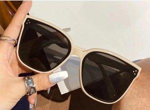 여성 유행 얼굴 쇼 얇은 안티 자외선 레트로 고급 선글라스