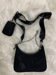 2021 Сумки на плечо Высококачественные нейлоновые сумки бестселлеров кошелек женщин крест тела HOBO кошельки мешка