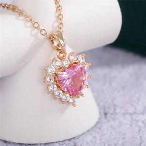 Romantic Women Engagement Pink CZ Heart Pendant Necklace Shiny Delicate Accessories Party Daily Wear Good Quality Fashion Jewelry