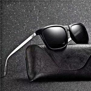 Gafas de sol 2021 Polarizado UV400 Sunglasse Hombres Dazzle Color Driver Classic Retro Luz Flexible Sun Glass