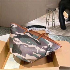 Последние 2021 вентиляционные сумки в форме вентиляторов дизайнеры женские сумки сумки кошельков мода повседневные стили сумки на плечо высокого класса All-match Vintage элемент камуфляжная сумка