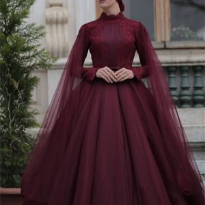 Burgundy Muslim Prom Dresses Lace High Collar Long Sleeve Ball Gown Evening Dress With Wraps Top Quality Appliqued Pleats Formal Dress