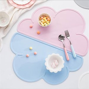 New recommended North Europe baby cloud meal mat mobile dining plate silicone student desk matZZP8