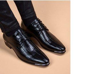 Patent Leather Men Dress Shoes 2021 New Men's Business Shoes Italian Style Fashion Men Wedding Shoes Male Footwear