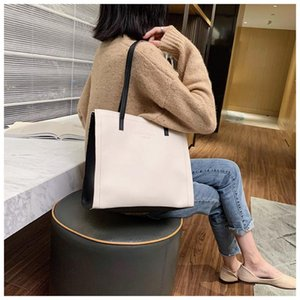 Cross Body 2021 Style Fashionable Female Bag Large Capacity Shoulder Girl Tote Portable