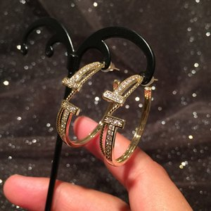 Circular Letter T earrings fashion luxury designer sparkling diamond zirconia rhinestone copper hoop stud earrings for woman s925 post
