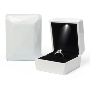 Fashion White Red Rose Gold Ring, Pendant Jewelry Display LED Rubber Painting Jewellery Box PPD3886 THR0