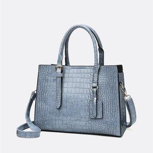 net red leisure crocodile handbag fashion large capacity autumn and winter single shoulder and messenger