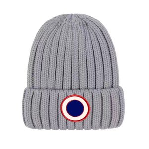 Men Designer Beanie Luxury unisex knitted hat Gorros Bonnet CANADA Knit hats classical sports skull caps women casual outdoor GOOSE beanies