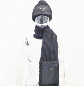 Wool Scarf Beanie Suit Designer Scarves Hat Pocket Design for Man Women Shawl Long Neck 2 Color Top Quality
