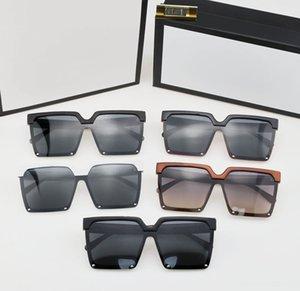 2021 Brand design Sunglasses women men designer Good Quality Fashion metal Oversized vintage female male UV400.