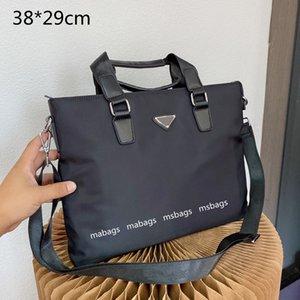 Fashion Designer Men's Briefcases Shoulder Bags Black Handle Briefcase Men Crossbody Bag briefcases Triangle Purses Large Capacity Top