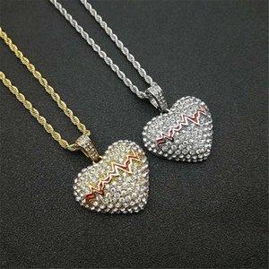 Helado Bling Bling Colgantes de corazón roto con cadena de acero inoxidable Rhinestone Color de oro Hip Hop Street Jewelry Drop Collares Collares
