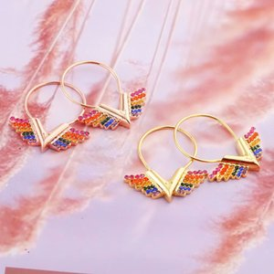 Europe America Style Jewelry Sets Lady Women Engraved V Initials Essential V California Dreaming Colored Diamond Hoop Earrings