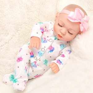 Maternal and infant toys to appease the baby sleep reborn doll simulation cute shatterproof VINYL