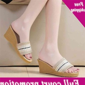 2021 summer new slippers women's thick soled slope heel woven color matching high-heeled sandals