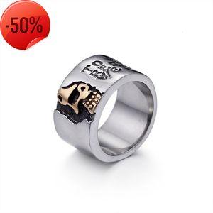 Aggressive Pirate Skull men's ring titanium steel single personality trendsetter nightclub wide fashion jewelry