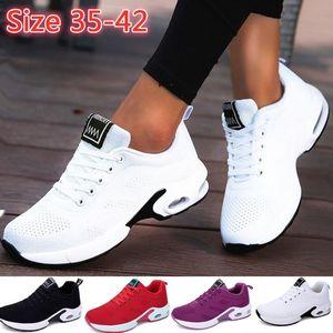 Yeni Moda Bayanlar Sneakers Rahat Hava Yastık Eğitmenler Siyah Beyaz Sneakers Hafif Nefes Spor Ayakkabı Kaymaz Spor Ayakkabı Boyutu 35-42