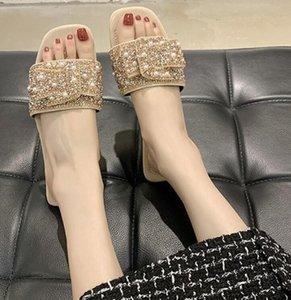 2022 Женские заклепки лук узлы плоские тапочки сандалии девочки флип флопы усеянные летние туфли прохладный пляж скользит желе 35-40 с коробкой