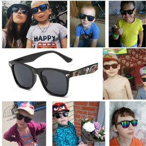 Cool Baby Boy Girls Girls Enfants Top Fashion Revêtement RiliXes Lunettes de soleil Enfants