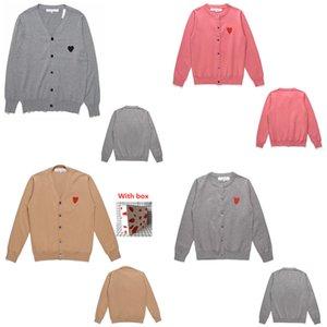 Высококачественные женские вязаные тройники с образцом любви, модная личность, пары того же стиля для мужчин и женщин, свитера кардиган CJ0101
