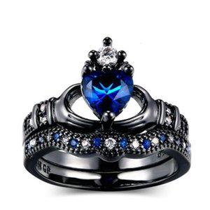 Fashion double layer ring set, women holding blue heart crown ring, fashion black gold