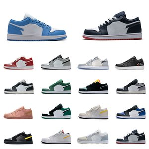 AJ1 Basketball Shoes Hombres Mujeres Low OG Zapatos Game Royal Gym Red Banned Bred Chicago Black Toe Court Purple Pine Green UNC Zapatillas