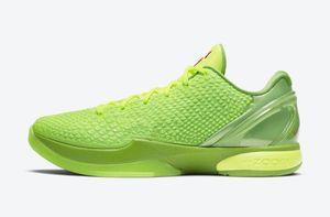 """Otantik Basketbol Ayakkabıları 6 Protro """"Grinch"""", siyah ile yeşil volt renk kombinasyonunda giyinmiştir."""