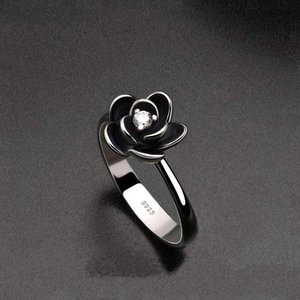 Cluster Rings Creative 925 Silver Vintage Rose Inlaid Zircon Ring Fashion Flower Engagement For Women Jewelry Wholesale