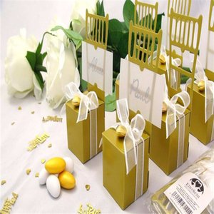 Wholesale- Paper Wedding Gold Miniature Chair Candy Favor Box Wedding Gift Box With Heart Charm And dsf0063