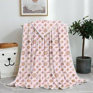 De buena calidad Manta de bajo precio ricamente coloreada proporciona dos tamaños de producción de lujo de lujo