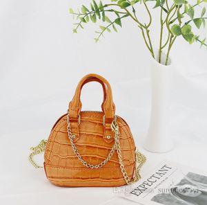 Girls crocodile grain handbags children metals chain single shoulder bag kids PU leather messenger shell bags women mini purse Q1900