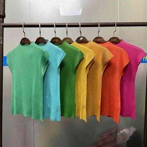 Miyake Pleated 미학 의류 민소매 블랙 Bst T 셔츠 하라주쿠 카와이 캐주얼 패션 탑스 그래픽 여성 티셔츠 TP2145 210406