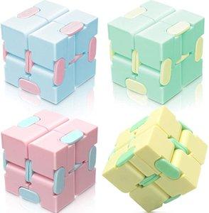 Cubo Fidget Brinquedo Partido Presentes Stress Alívio Para Adultos e Crianças Magic Puzzle Flip cubos Ansiedade Relevos HH21-371