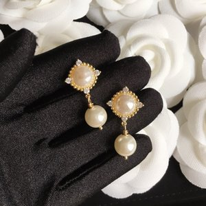 925 Gümüş İğne Küpe Kadınlar için Küpe Çeşitli Stilleri Yüksek Kalite Zirkon Parlak Pirinç Inci Küpe Moda Takı Kaynağı