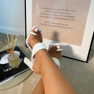 2021 New Design Clip Toe Narrow Band Female sandals Outdoor Fashion Block Heels Sandals For Women Slides Summer Shoes