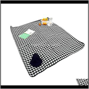 Pads Sports & Outdoors Drop Delivery 2021 Ins Style And Moisture-Proof Fold-Able Spring Outing Camping Mat 2*1Dot5M For Outdoor Picnic Hiking