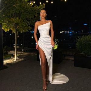 2021 Сексуальные платья выпускного вечера с высоким раскол атласных вечерних платьев для вечеринки формальное платье халат де Союре де Маро