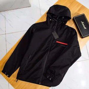 Fashion designer Mens Jacket Goo d Spring Autumn Outwear Windbreaker Zipper clothes Jackets Coat Outside can Sport Euro Size Men's Clothing