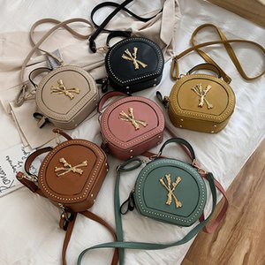 Fashion Letter Crossbody Shoulder Bags Women N Messager Bag PU Leather Round Totes Handbag Rivet Designer Satchel Outdoor Phone Pouch 2021