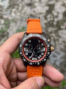 Best Quality Casual Watch Black Dial VK Battery Chronograph Quartz Movement Wristwatches Men Watches On Orange Rubber Strap DP Factory 1884