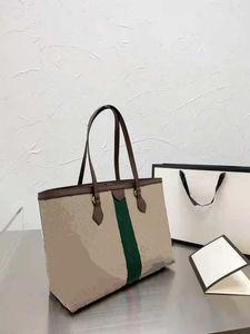 2021 Fashion Mommy Bags News Borse Designer Handbag Pellame in rilievo in pelle di mucca Multi Color One Beach Grande Capacità Secchio Borsa Borsa -681
