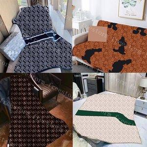 Mantas de terciopelo clásico para hombres mujeres suave táctil manta 5 patrones personalidad diseñador chales moda alfombra de moda
