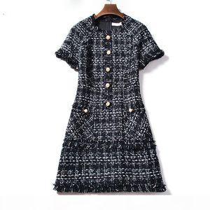 New Plaid Wool Winter Dress 2019 Runway Tweed Women Dresses Short Sleeve Tassel Fringe Trim Beading Vintage Dresses Vestidos