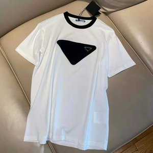 Women T Shirts With Letters Budge Pattern Tees Round Necks Lady Classical Tops Outwears Summers Tshirts Asian Size S-L